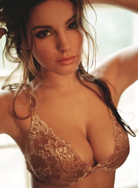 Kelly Brook Bra