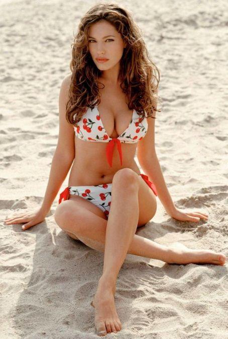 Kelly Brook Cherry Bikini