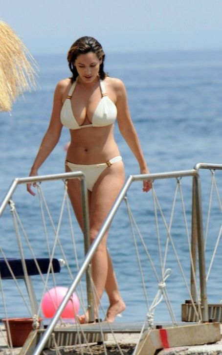 Kelly Brook in Italy, on the island of Ischia, july 2011